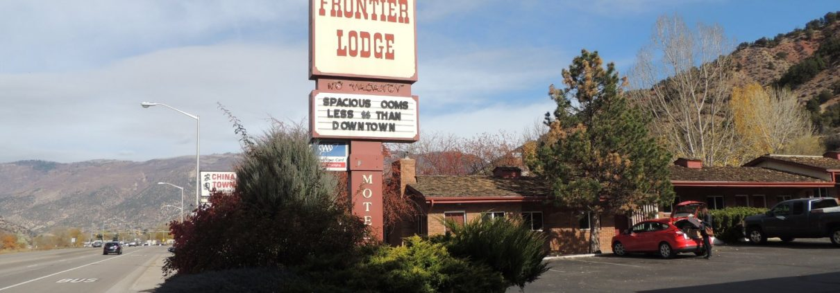 Glenwood Springs Frontier Lodge