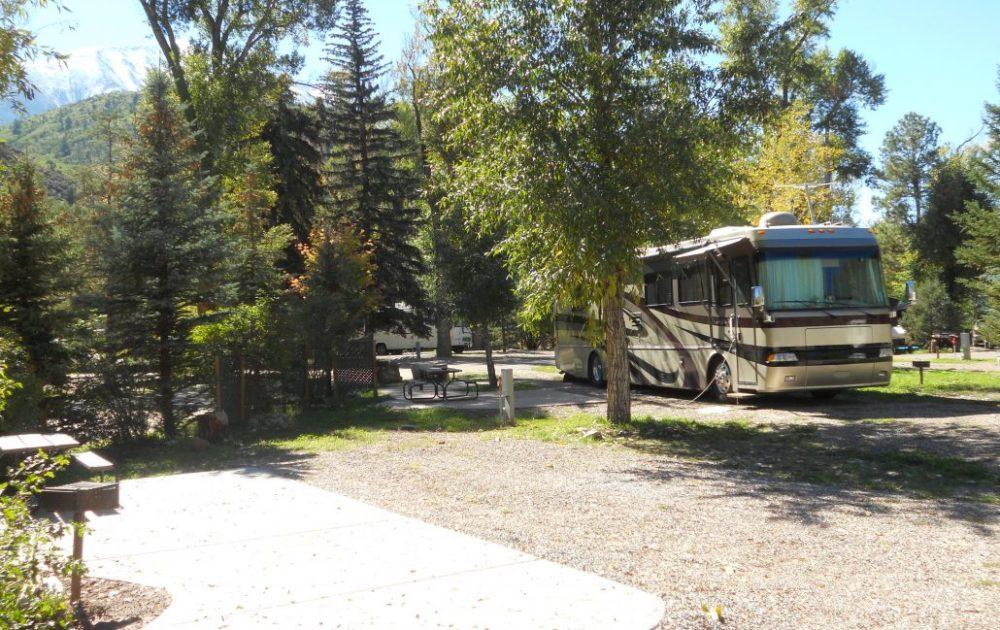 BRB Crystal River Resort