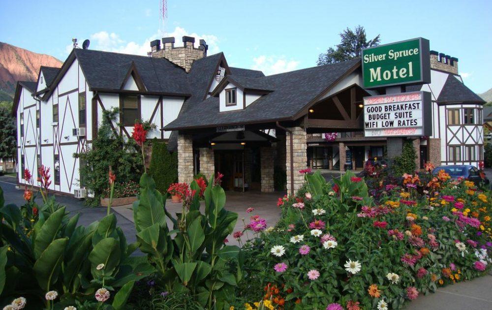 Silver Spruce Motel Glenwood Springs