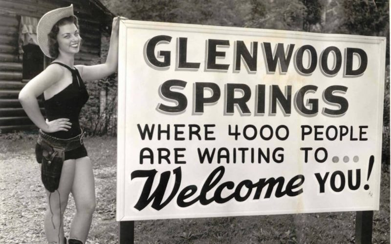 Historic Glenwood Springs welcome sign