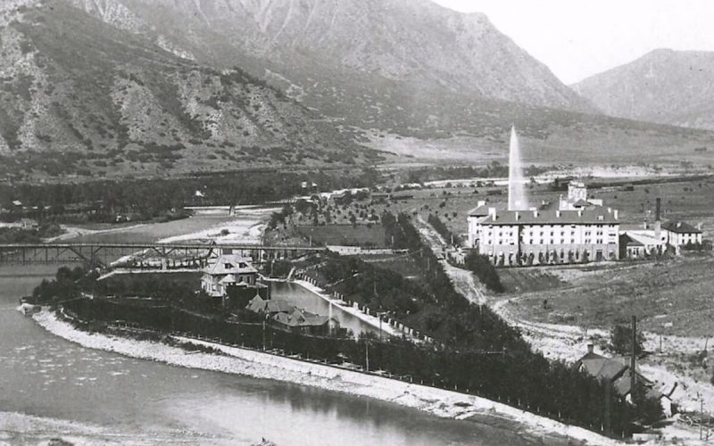 Historic Hotel Colorado and Glenwood Hot Springs Pool